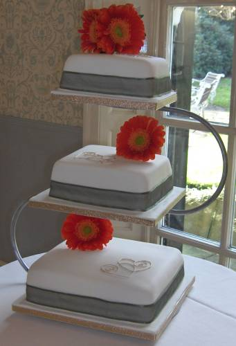 square 3 tier wedding cake stand the big wedding cake company gallery 20342